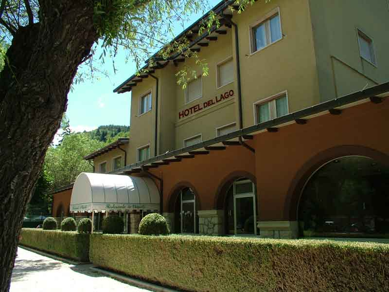 Hotel del lago porta hotel del lago panajachel guatemala for Hotel villa del lago